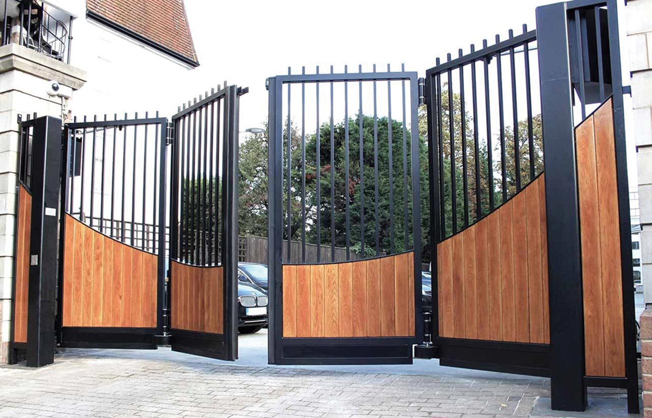 Gate with Magnetic locks