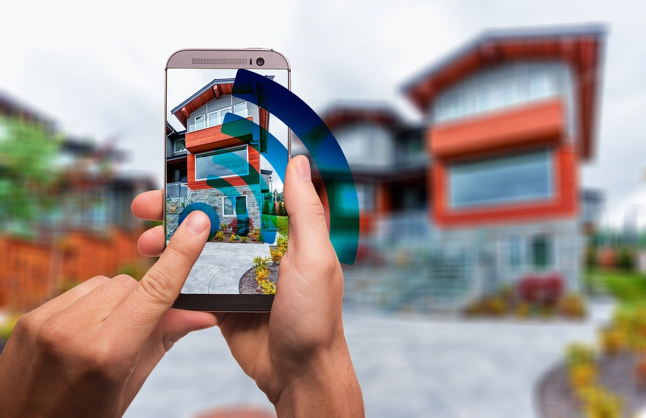 How the Smart Home Is Revolutionizing the Automated Gate Industry