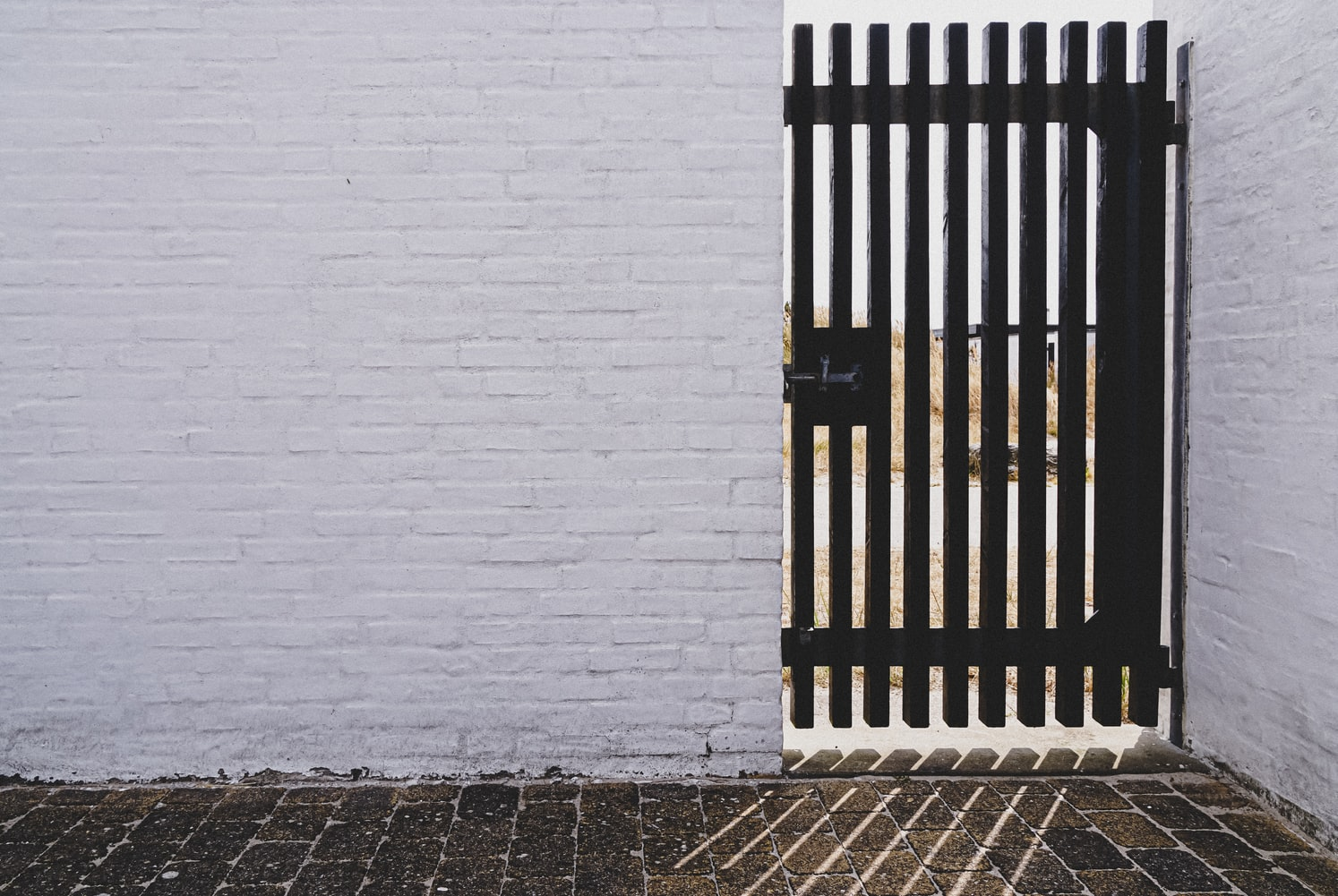 How to use gate fobs